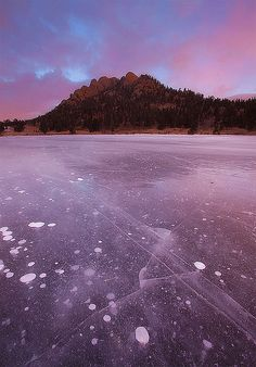 Frozen Lake Lily - Estes Park, Rocky Mountain National Park, Colorado.  Photo: Lightvision via Flickr.