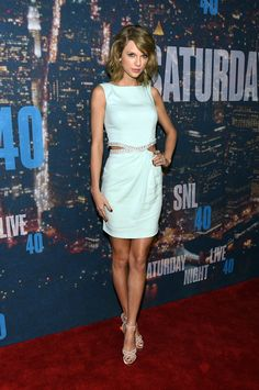 Taylor on the SNL Red Carpet!