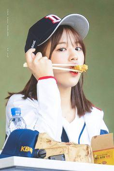 an yujin pics ( Kpop Girl Groups, Kpop Girls, My Girl, Cool Girl, Secret Song, Eyes On Me, Jung So Min, Yu Jin, Japanese Girl Group