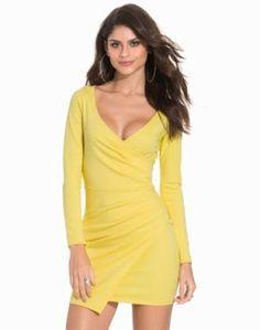 6a604541fae1 NLY+One+Long+Sleeve+Wrap+Bodycon+Kropsnære+kjoler+