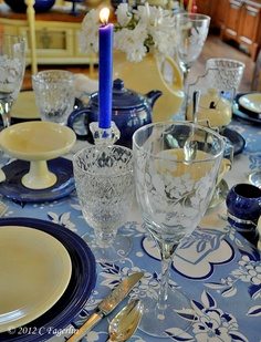 The Little Round Table: Vintage Cobalt Blue and Ivory ~~~  love the glassware.