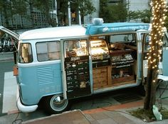 Find a food truck and buy your date dinner then take your date on a romantic stroll through the city or park. Be prestige and build your truck at Prestige Food Trucks! Food Trucks, Kombi Food Truck, Coffee Lab, Coffee Carts, Coffee Truck, Volkswagen Transporter, Vw T1, Volkswagen Bus, Foodtrucks Ideas