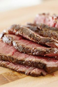 Best Ever London Broil . most people mistakenly think London broil started out as a cut of meat, when it's actually a type of preparation. The term refers to meat that marinates & then sears or broils at a high heat . Best London Broil Recipe, London Broil Recipes, Crockpot London Broil, Grilling Recipes, Beef Recipes, Cooking Recipes, Game Recipes, Round Eye Steak Recipes, Filet Mignon