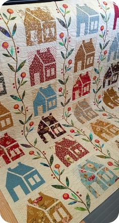 I love house quilts! This is beautiful.