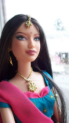 Diwali Barbie What can I say about this? Ref: Inder Grewal...(I want one!!!)