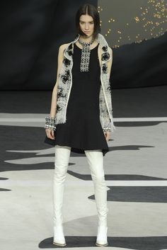 Chanel RTW Fall 2013 - Slideshow - Runway, Fashion Week, Reviews and Slideshows - WWD.com