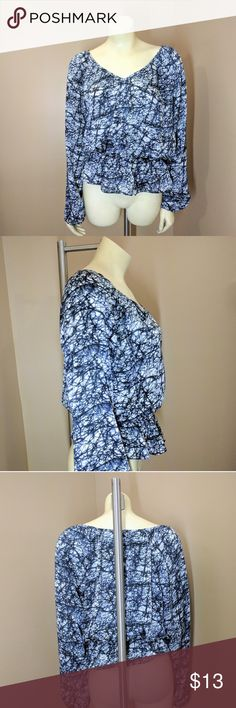 Michael Kors Blue Blouse blue & white Geometric Michael Kors blouse Super cute. Elastic waist. 100% Polyester Machine washable  Measurements laying flat: Armpit to armpit: 21 in. Waist: 12in. Elastic. Stretchy up to 20 in. Sleeve length: 24 in. Approx.  Thanks for stopping by. I offer bundle discount. Michael Kors Tops Blouses