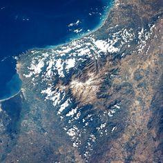 Sierra Nevada de Santa Marta desde el espacio - Geografía de Colombia - Wikipedia, la enciclopedia libre