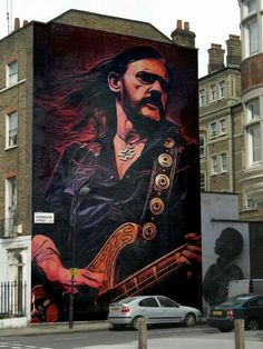 Cool Street Art; shared by Aragon Entertainment http://www.aragonent.com/