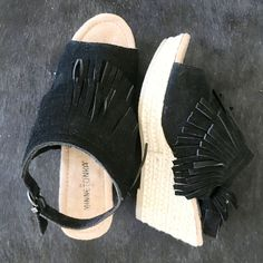 Ashley Wedge Sandals in Black