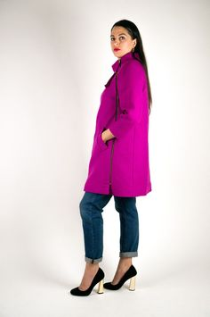The Clare Coat is a chic cool-weather staple. Featuring raglan sleeves and an unstructured A-line silhouette, Clare is a great introduction to the joys of coat making. View A hits at mid thigh, with a