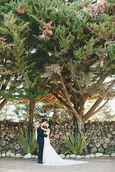 Photography: onelove photography - www.onelove-photo.com  Read More: http://www.stylemepretty.com/california-weddings/2015/02/25/rustic-chic-fall-wedding-at-holly-farm/