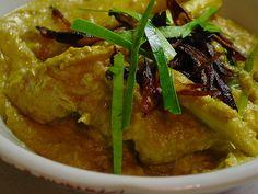 Ayam Opor, Indonesian chicken in coconut sauce