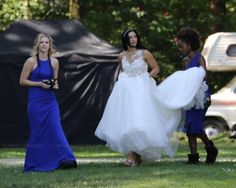 """bugheadjones-the-third: """"Oh, queens… """" Yep definitely a wedding… Bughead Riverdale, Riverdale Memes, Riverdale Funny, Betty Cooper, Riverdale Archie And Veronica, Camilla Mendes, Look Thinner, Fashion Dresses, Lily"""