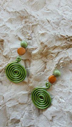 Boucles d'oreilles vert émeraude Sarabande : Boucles d'oreille par volutes-creatives