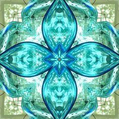 aqua glass Green To Blue, Jade Green, Aqua Glass, Teal, Turquoise, Sea Foam, Favorite Color, Glass Art, Decorative Boxes