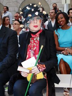 """Anna Piaggi, Hollywood fashion icon known for her """"eccentric and very large personal style,"""" passes away at age 81."""