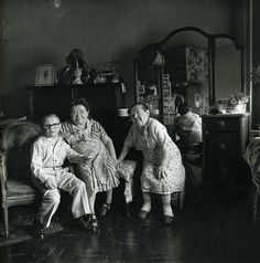 View Russian Midget Friends in a Living Room on St, NYC by Diane Arbus on artnet. Browse more artworks Diane Arbus from Feldschuh Gallery. Controversial Photographers, Famous Photographers, Portrait Photographers, Portraits, Street Photographers, Diane Arbus, Nicole Kidman, Moma, Mary Ellen Mark