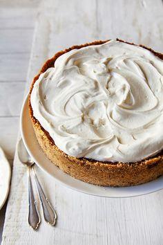caramel and cream cheesecake