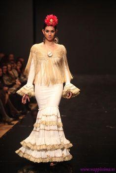 Traje de Flamenca - Flamenka - Pasarela-Flamenca-2011