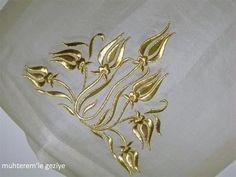 Muhterem'le Geziye: 2011 İSMEK FESHANE SERGİSİ-EL NAKIŞI 3.BÖLÜM Bead Embroidery Patterns, Couture Embroidery, Embroidery Works, Flower Embroidery Designs, Basic Embroidery Stitches, Embroidery Transfers, Gold Embroidery, Embroidery Applique, Machine Embroidery