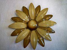 Vintage 1960s Flower Power Daisy Brooch by BlackRain4 on Etsy, $14.99