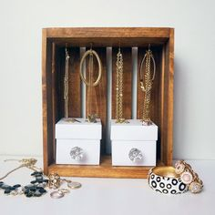 Learn how to turn an ordinary crate into a beautiful display for all your necklaces, bracelets and rings.