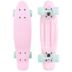 Penny Skateboard, Board Skateboard, Skateboard Design, Skateboard Girl, Skateboard Bedroom, Cruiser Skateboards, Vintage Skateboards, Cool Skateboards, Girls Shoes