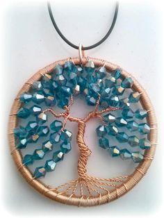 Cobre alambre envuelto Tree of Life colgante con verde azulado oscuro cristal elemento acento