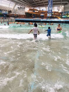 World Waterpark at West Edmonton Mall (Alberta) Travel With Kids, Family Travel, Places To Travel, Places To Go, World Water, Dream School, Dreams And Nightmares, Dream Vacations, Mall