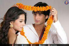 Amrita Rao and shahid Kapoor Cute Couple Images, Couples Images, Cute Couples, Amrita Rao, Joker Wallpapers, Shahid Kapoor, Madhuri Dixit, Photoshoot, Celebrities