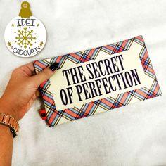 Care e secretul perfectiunii?  Un portfard in care sa incapa toate produsele tale de makeup preferate. Cadoul perfect de Craciun, nu-i asa? The Secret, Bags, Handbags, Bag, Totes, Hand Bags