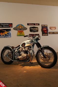 Vintage Motorcycles Classic New Tradition Show 2018 - British Motorcycles, Vintage Motorcycles, Custom Motorcycles, Custom Bikes, Bobber Motorcycle, Motorcycle Design, Motorcycle Style, Classic Motorcycle, Harley Davidson Tattoos