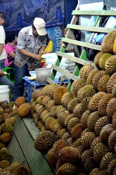 Durian Stall 1 in Medan Street Vendor, Indonesian Cuisine, Tropical Fruits, Medan, Archipelago, Southeast Asia, Bali, Tourism, Open Market