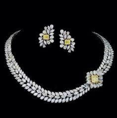 Yellow and white diamond set