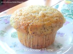 If someone were to ask me to list my top 20 favorite foods, poppy seed muffins would surely be on the list. Breakfast Bake, Breakfast Recipes, Welcome Home Blog, Lemon Poppyseed Muffins, Strawberry Filling, Pastry Shop, Fun Cooking, Home Recipes, Sweet Bread