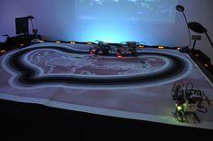 e-peel me off installation interactive avec robots, c. Installation Interactive, Davos, Robots, Les Oeuvres, Contemporary Art, Robot