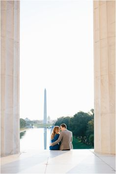 Sunrise Engagement session on the National Mall in Washington, DC. Photo by Sarah Bradshaw.  #DCEngagement #DCphotographer #SarahBradshawPhotography