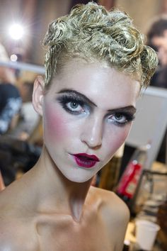 GALLIANO_Beauty Trend Report SS2011