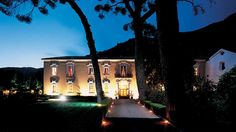 Certosa di San Giacomo. Un po' di storia per tuffarsi nella magia di questa location da fiaba. | Certosasangiacomo