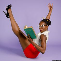Feminist, Body-Positive Pin-Ups Are Unbelievably Gorgeous Pin Up Girls, Pin Up Fotos, Trajes Pin Up, Pin Up Kleidung, Black Pin Up, Boat Pose, Posing Tips, Retro Pin Up, Pin Up Outfits