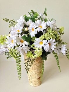 Check out this item in my Etsy shop https://www.etsy.com/listing/271119168/large-bouquet-of-daisies-queen-annes