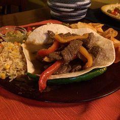 Fajitas de Asada! RISTORANTE PURA VIDA. Bassano del Grappa Buonissimo, ristorante consigliatissimo! #puravidabassanodelgrappa #bassanodelgrappa #instafood  #texmex #puravidabassano #bassano #mexico #messicano #foodpic #foodpics #vicenza #veneto #italia #italie #italy #instaitalia #instagram #cucina #ristorantebassano #cucinamessicana #cucinatexmex #ristorantetexmex #igersveneto #igersitalia #igersfood #ig_veneto #ig_italia #italian_places Grappa, Tex Mex, Ethnic Recipes, Instagram Posts, Food, Pura Vida, Italy, Eten, Meals