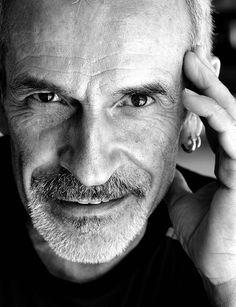 Il Maestro Victor Ullate. Il suo corpo di ballo sarà al Teatro Manzoni dal 9 al 13 aprile.