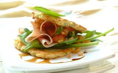 Potato Rosti Stacks with Spinach and Parma Ham Posh Nosh, Parma Ham, Tasty, Yummy Food, Savory Snacks, Salmon Burgers, Starters, Spinach, Side Dishes