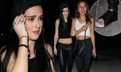 Rumer Willis does not let a fractured foot get in the way of night out