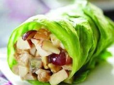 Chicken Apple Wraps Recipe CHICKEN APPLE WRAPS Ingredients: 1/2 cup chopped cooked chicken breast 3 tablespoons chopped Fuji apple 2 tablespoons chopped black or red grapes 2 tablespoons Crunchy Peanut Butter 1 tablespoon lite mayonnaise (or greek yogurt) 2 teaspoons honey Iceberg lettuce