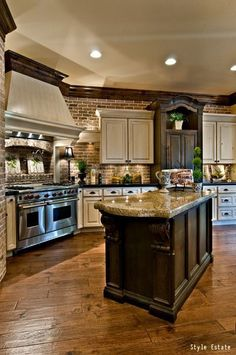 Luxury Kitchen Home Design Ballyhoo - Beautiful Kitchens, House Design, Kitchen Remodel, House Styles, New Homes, New Kitchen, Sweet Home, Home Kitchens, Kitchen Design