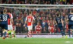 Arsenal vs Southampton: 'Gunners' perdieron 2-1 y fueron eliminados en la Capital One Cup (FOTOS: AP)