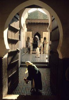 """ Morocco Fez Qaraouiyin Mosque Kiosk that surrounds the center courtyard 1984 """